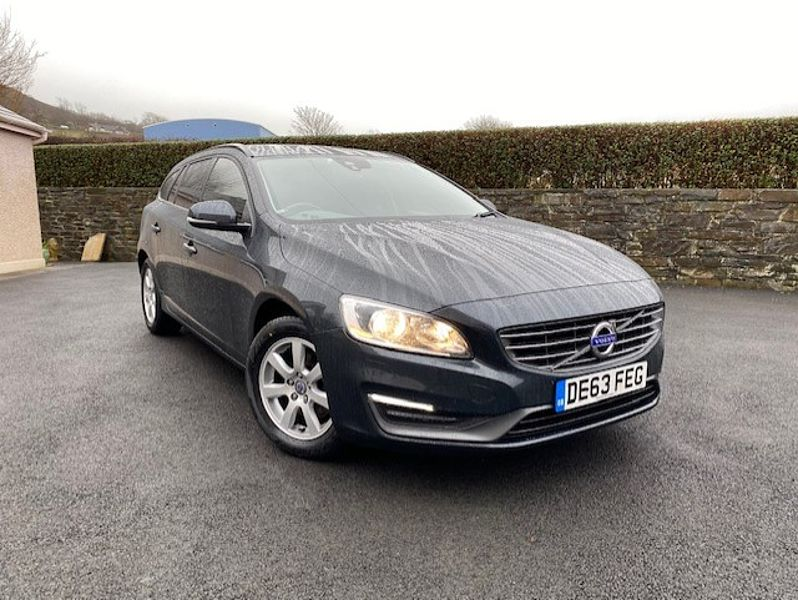 Volvo V60 D3 Business Edition (Winter Pack, Rear Park Assist, Sat Nav)
